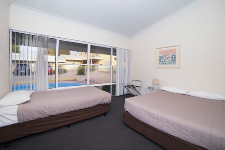 Oasis – 2 bedroom self-contained apartment at Boulevarde Motor Inn - Accommodation Wagga Wagga